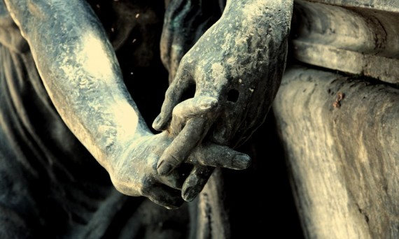 Cementery_Hands_by_EmptyBoy
