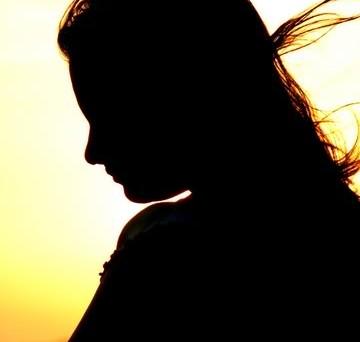 sad-woman-silhouette-1