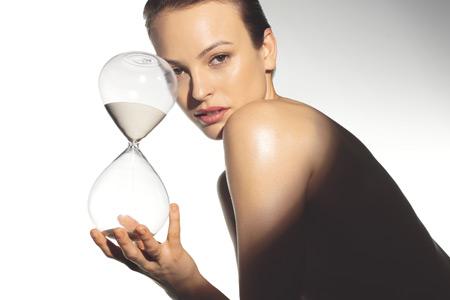 HourGlass-Woman